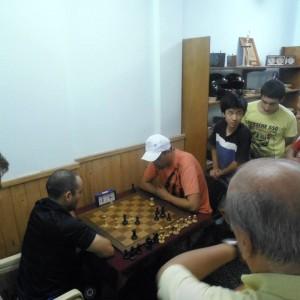 Leo Dos Santos enfrentando a Juan Carlos Gómez