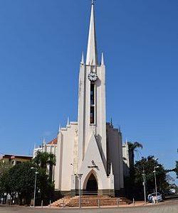 Misiones_-_Oberá_-_Catedral_San_Antonio_de_Padua_(2)