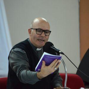 Presentación Feria del Libro - Obispo (1)