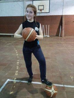 lara-cazdozo-basquet