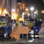 José Lindstrom llenó de música el centro cívico
