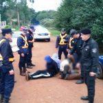 Tres hombres circulaban en un vehículo adulterado, evadieron el control  policial y fueron detenidos