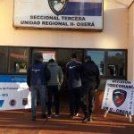 La policía detuvo a dos jóvenes e incautó marihuana en Oberá