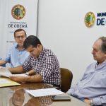 Apertura de sobres licitación pública para la adquisición de camiones