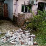 Recolector de Residuos tumbó pilar de una vivienda y se fue sin dar explicaciones