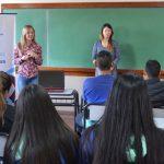 Charla vocacional en escuelas