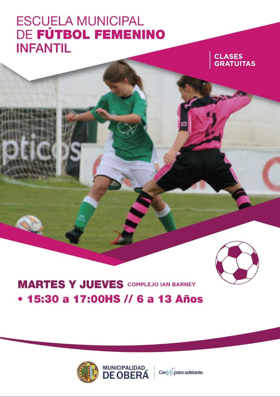 Comenzaron las clases de fútbol femenino infantil a cargo de la profesora  Natalia Seybold. Los entrenamientos se desarrollan los martes y jueves de  15.30 a ... d7fa28b9dbc3a