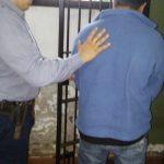 Detienen a un hombre acusado de agredir y amenazar de muerte a su pareja