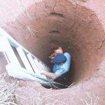 Policías rescataron a un perro que cayó en un pozo en Guaraní