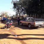 Colisión entre un automóvil y una motocicleta dejó una persona hospitalizada