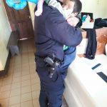 La Policía brindó contención a un niño que deambulaba por la vía pública y busca a sus familiares