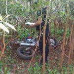 Recuperan una motocicleta robada y buscan al autor del hecho