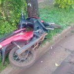 Despiste dejó un motociclista hospitalizado en Oberá