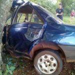 Un joven falleció tras despistar con su automóvil y colisionar contra un árbol en la ruta 5