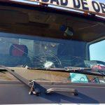Agredieron a camión recolector municipal