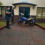 La Policía recuperó una motocicleta robada y busca intensamente al autor del hecho