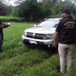 La Policía recuperó un automóvil robado y busca intensamente a los autores del hecho