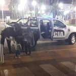La Policía asistió a una familia de aborígenes