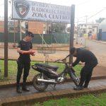 Recuperaron una motocicleta robada y buscan al autor del hecho
