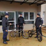 La policía recuperó una tablet e investiga la procedencia de dos bicicletas secuestradas