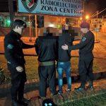 La Policía demoró a dos jóvenes y secuestró un pasamontañas