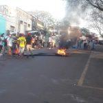 Manifestantes vuelven a cortar calle Buenos Aires