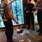 Secuestraron dos navajas, dinero en efectivo y detuvieron a un hombre que merodeaba locales comerciales en Oberá