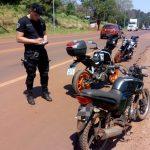 Licencias de conducir, motocicletas y vehículos retenidos, además de tres detenidos en los operativos
