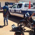 Lo sorprendieron mientras desarmaba una motocicleta robada y fue detenido