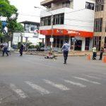 Siniestro Vial entre un vehículo y una motocicleta dejó un lesionado