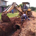 Arreglos de caminos terrados y entubado pluvial