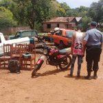 Cayo BARATA y la policía recupero una motocicleta y varios elementos que había sustraído de una vivienda es esta ciudad.