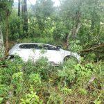 Conductor despistó con su vehiculo y resulto ileso