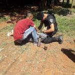 Policías asistieron a una joven que se descompensó en la vía pública