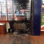 La Policía investiga el incendio de un supermercado