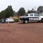 Siniestro vial entre un vehículo y una motocicleta , dejó un joven lesionado
