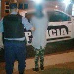 La Policía demoró a un adolescente que intentó robar objetos de un complejo de departamentos