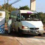 Desinfección a vehículos que ingresan a la ciudad