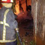 La Policía investiga el incendio de una vivienda y un depósito