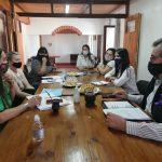 Proponen capacitar al personal municipal en lengua de señas