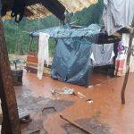 Asisten a familias damnificadas por las intensas precipitaciones