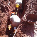 Agua Potable: La CELO trabajó en la reparación de dos caños averiados