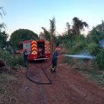 Bomberos de la Policía y Voluntarios sofocaron dos incendios de malezas en Oberá