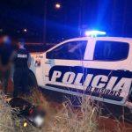 Motociclista infractor intentó huir, agredió a policías y fue detenido