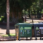 Instalan contenedores para separar la basura