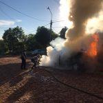 Un automóvil fue consumido por las llamas en Oberá