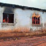 Vivienda fue consumida por el fuego en Campo Viera