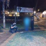 Detuvieron a un hombre por atacar a otro con un puñal en el barrio San Miguel