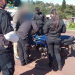Circulaba en una motocicleta con documentaciones adulteradas y fue detenido
