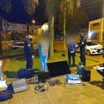 Atraparon a dos jóvenes y recuperaron varios objetos robados de un Centro Cristiano del barrio Villa Stemberg
